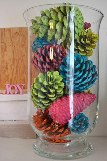 colorful_pinecones