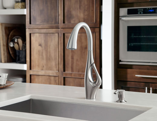 A statuesque neck, elegant curves, and a distinctly artful silhouette make the Indira faucet a unique kitchen statement like no other.