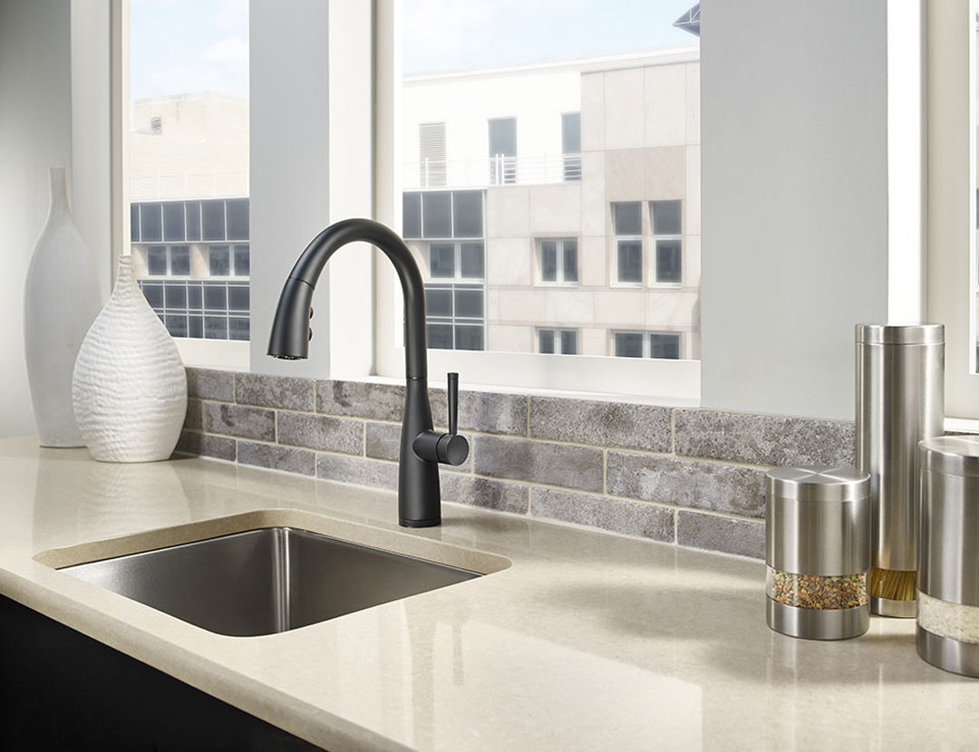 Beyond sleek and moving into minimalist territory, Raya is the ergonomic sink topper that generates faucet envy, yet features everything you expect of a Pfister faucet