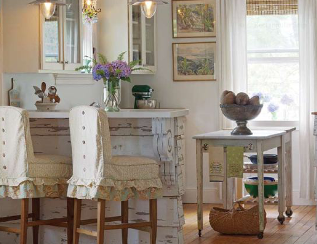 Choosing Hardware For A Shabby Chic Kitchen